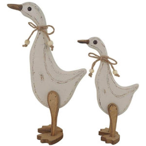 Shabby chic mum and child ducks